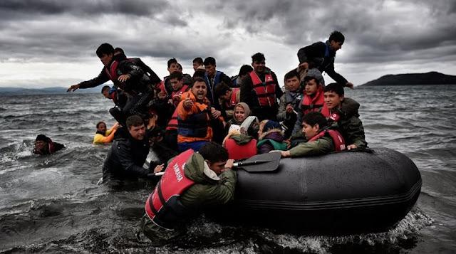 """Γιατί ασφυκτιούν τα νησιά από προσφυγές - """"Αγκάθι"""" οι επιστροφές στην Τουρκία"""
