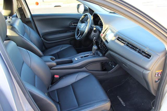 Honda HR-V EXL 2018 - interior