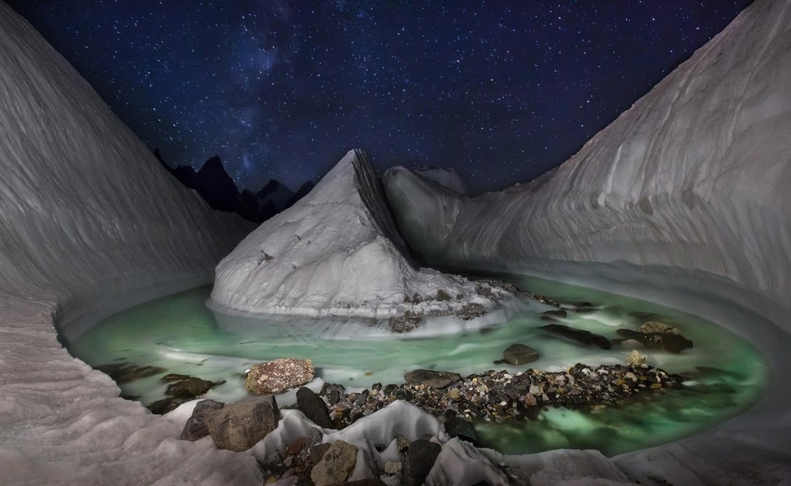 Photographer Discovers Amazing Hidden Glacier In The Himalayas