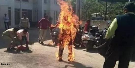 jaipur, rajasthan, self immolation, rss worker self immolation, self immolation in jaipur, sc st act, supreme court, bharat bandh, jaipur news, rajasthan news