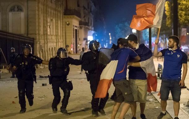 У містах Франції відбулися заворушення