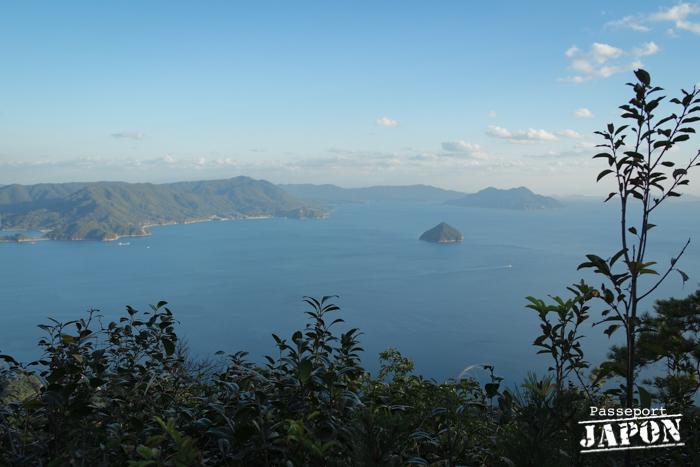 Vue sur la mer intérieure de Seto depuis l'observatoire de Shishiiwa, Miyajima, Hiroshima-ken