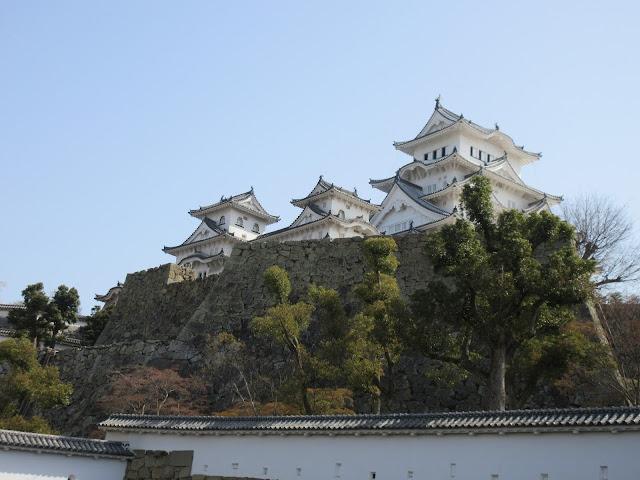 Cerezos-Hanami-Castillo Himeji-Garza Blanca-Paisaje Medieval-Japon-Japan-Viajes-Travel-Blog de Viajes-Travel Blogger-Lifestyle Blogger-ElisaN Viajes