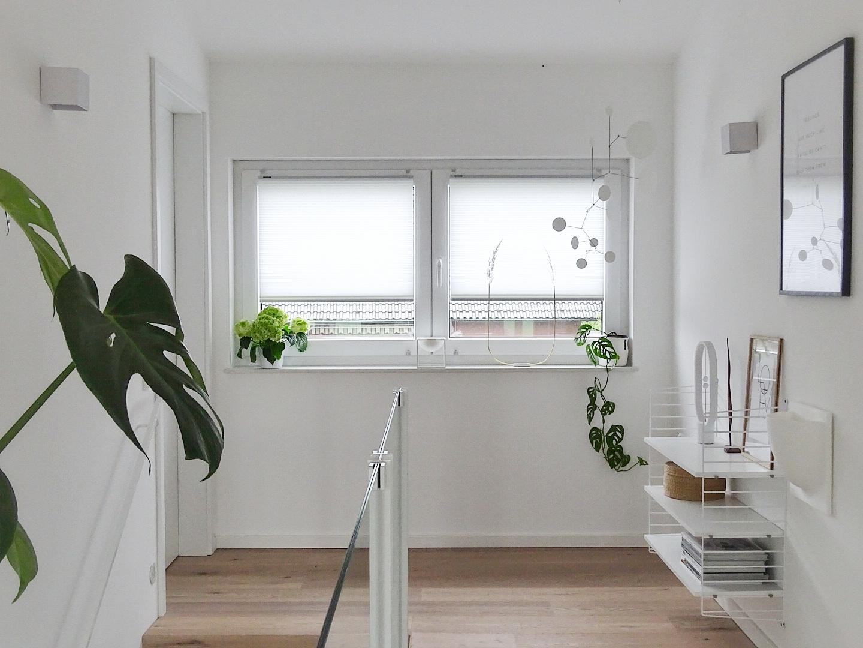 Gestaltungsideen Flur und Plissees an den Fenstern | Fotoaktion #12von12 - 1 Tag in 12 Bildern | https://mammilade.blogspot.de