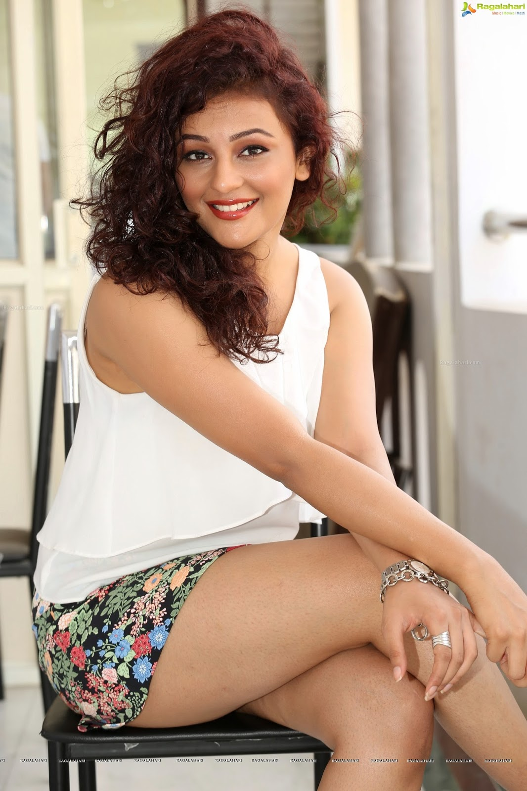 seerat kapoor hot stills   serial actress hot telugu