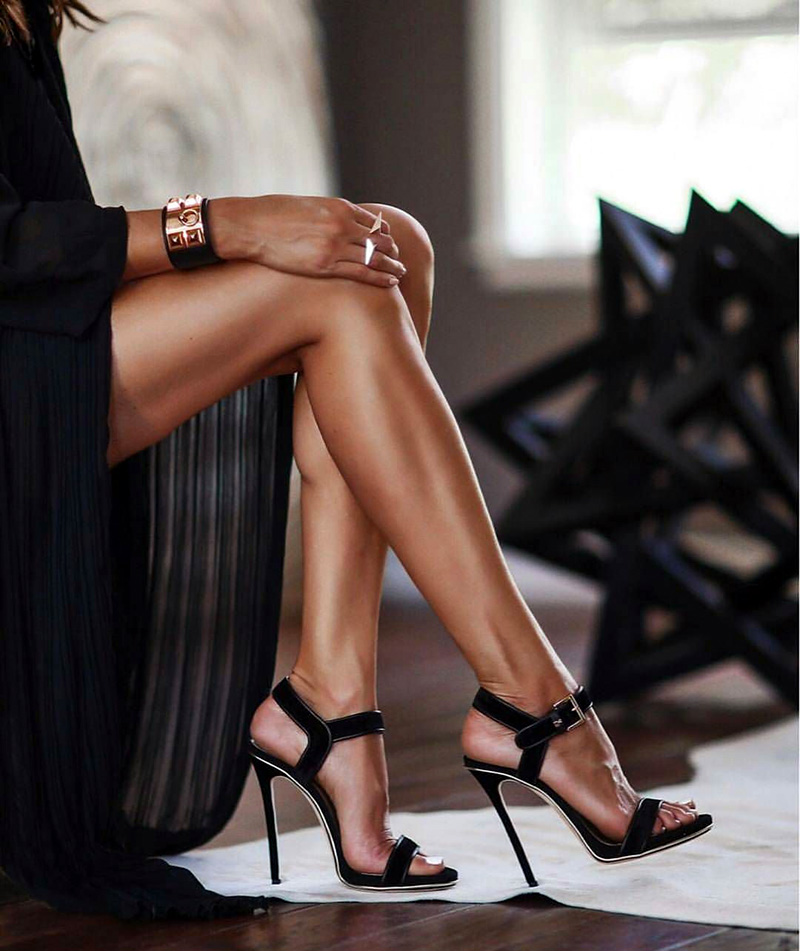 7 Easy Hacks for Your High Heels