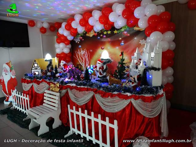 Decoração de mesa com tema de Natal