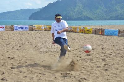Prigi Soccer Beach Championship 2018 Resmi Dibuka oleh Plt. Sekda Trenggalek