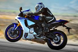 2015 YAMAHA YZF-R1 REVIEW AND PRICE   Auto Motorcycles