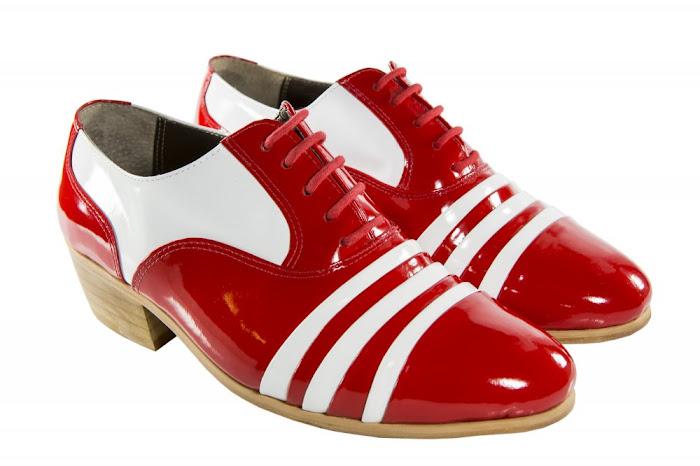 e94e9b625f Estilingada: Ponto Free. Sapatos para artistas e sambistas.