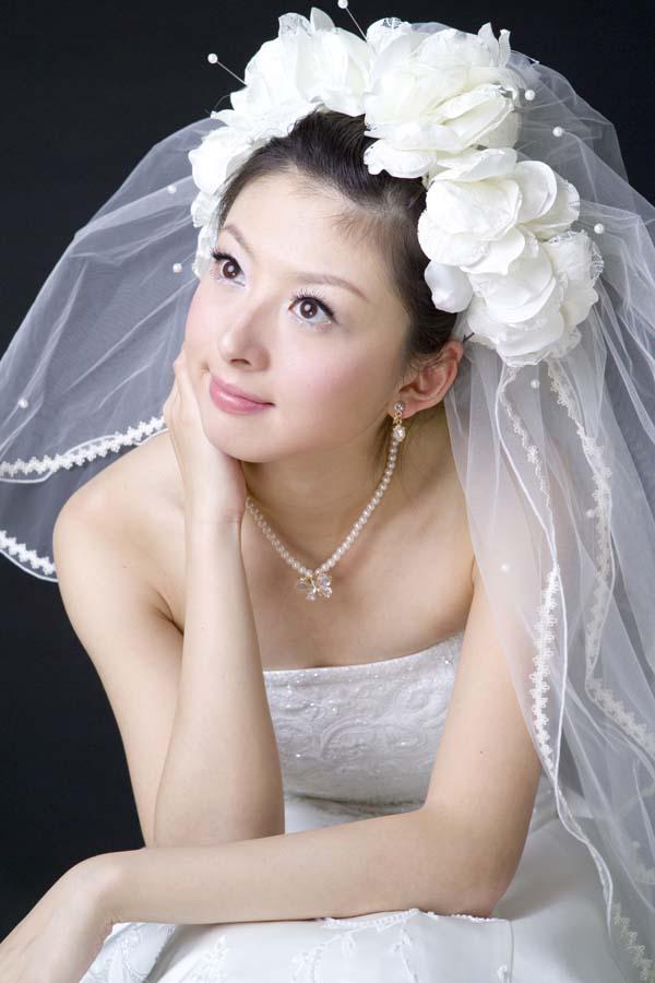 Bridal Moves: Unique Wedding Veils