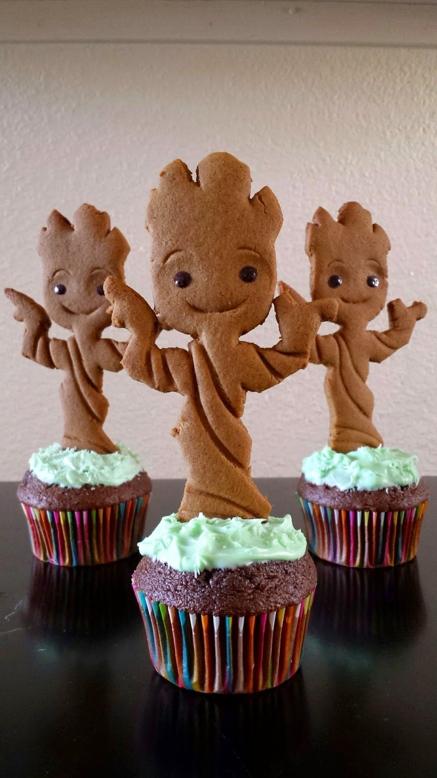 Candy Bar Cupcakes Baby Groot Cupcakes