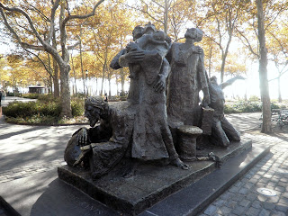 monumento agli immigranti a Battery Park
