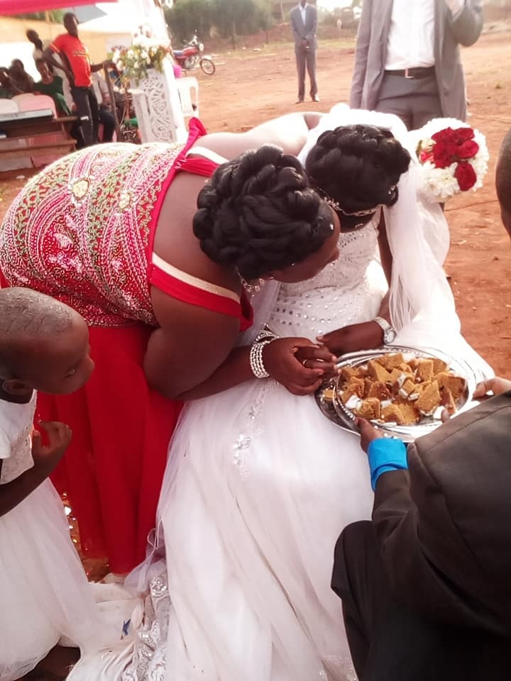 forc%2B10 - WOMAN shocks people at wedding, she looks so sad on the big day, Was she forced?(VIRAL PHOTOs).