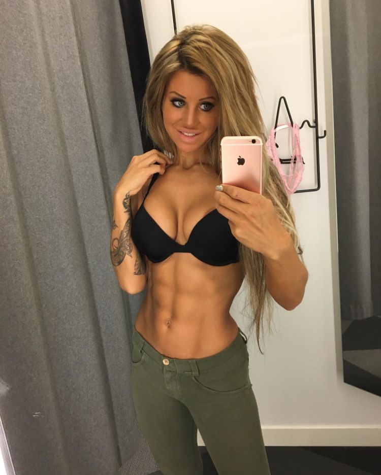 Swedish fitness model Sandra Reiche