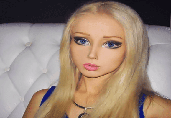 Internet-Barbie-humana