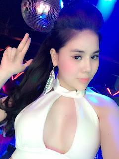 Gái xinh facebook DJ Sally Trần Trần Ly Ly