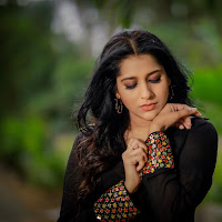 Rashmi Gautam Latest Photos HeyAndhra.com