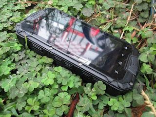 Hape Outdoor Snopow M9 Walkie Talkie UHF Seken Mulus Fullset Android