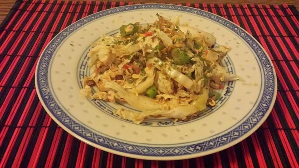 Asiatische Küche Yum Yum Salat