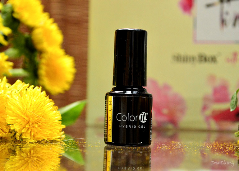 ShinyBox with Natura Spring Time - Silcare Lakier hybrydowy New Color IT
