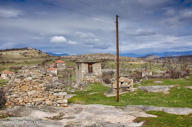 Zovik (Зовиќ) – village in Mariovo region, Macedonia