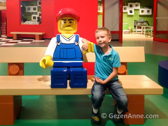 Legoland İstanbul'da Lego dostları ile oğlum, Legoland Discovery Centre
