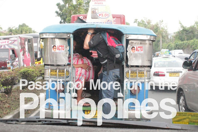 More Fun in the Philippnes: Pasabit po! (Back riding on the Jeepney!