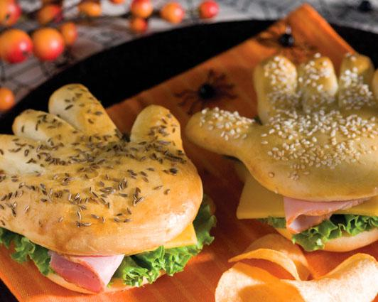 Give Yourself A Hand This Halloween Night By Serving Up Sandwiches On These Fun And Easy Handwitches Click HERE To Go The Recipe Get All