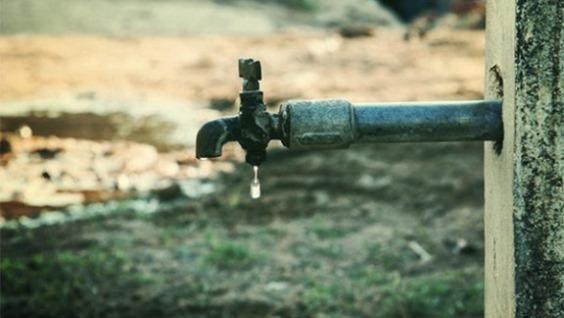 ربط بئر الموارد المائية بشبكة مياه قرية عوس بالسويداء