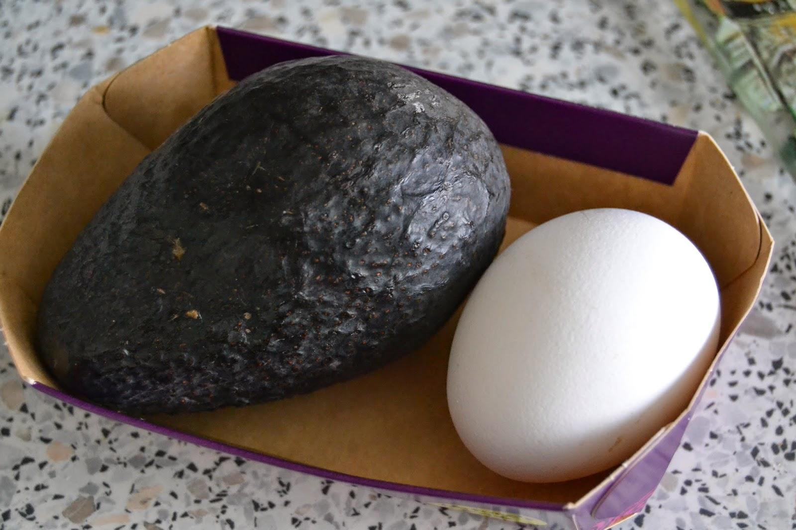Kananmuna Hiuksiin
