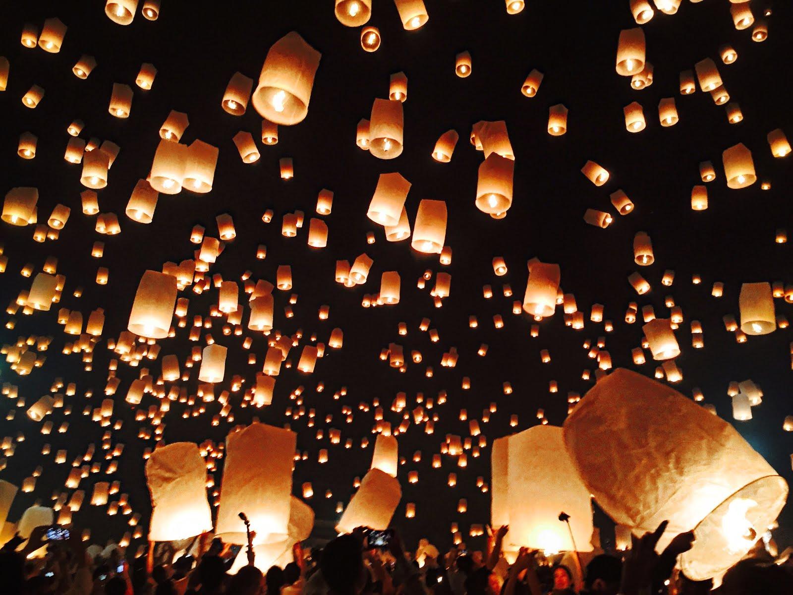 Yi Peng Festival in Chiang Mai, Thailand 2015