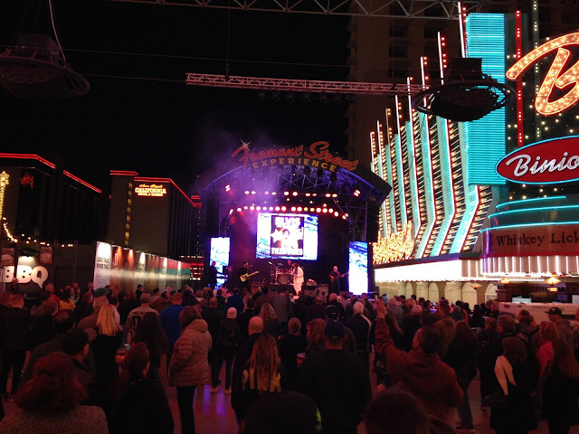 elvis tyler james fremont street