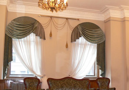 Awesome Double Arch Window Curtain Ideas