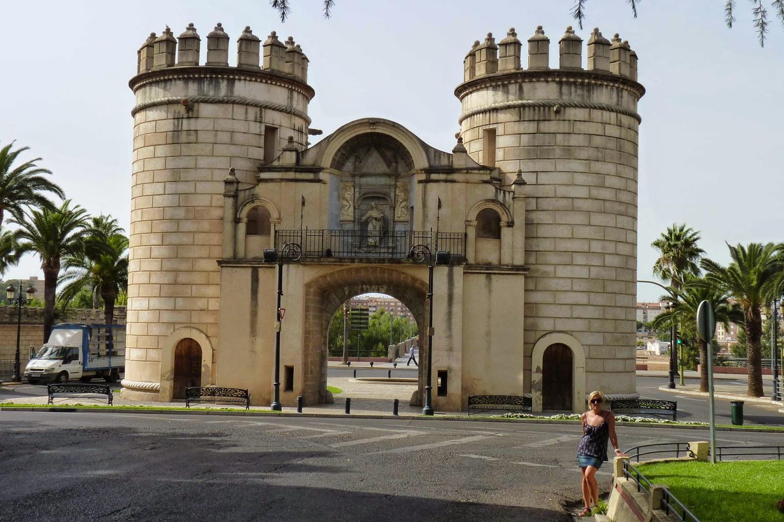Fachada interior de la Puerta de Palmas.