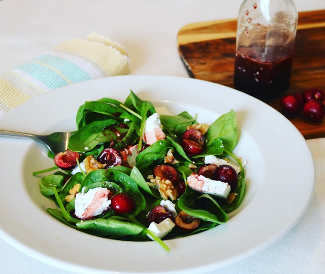 Jerte Picota Cherry, Goat's Cheese & Walnut Salad with Cherry Balsamic Vinaigrette