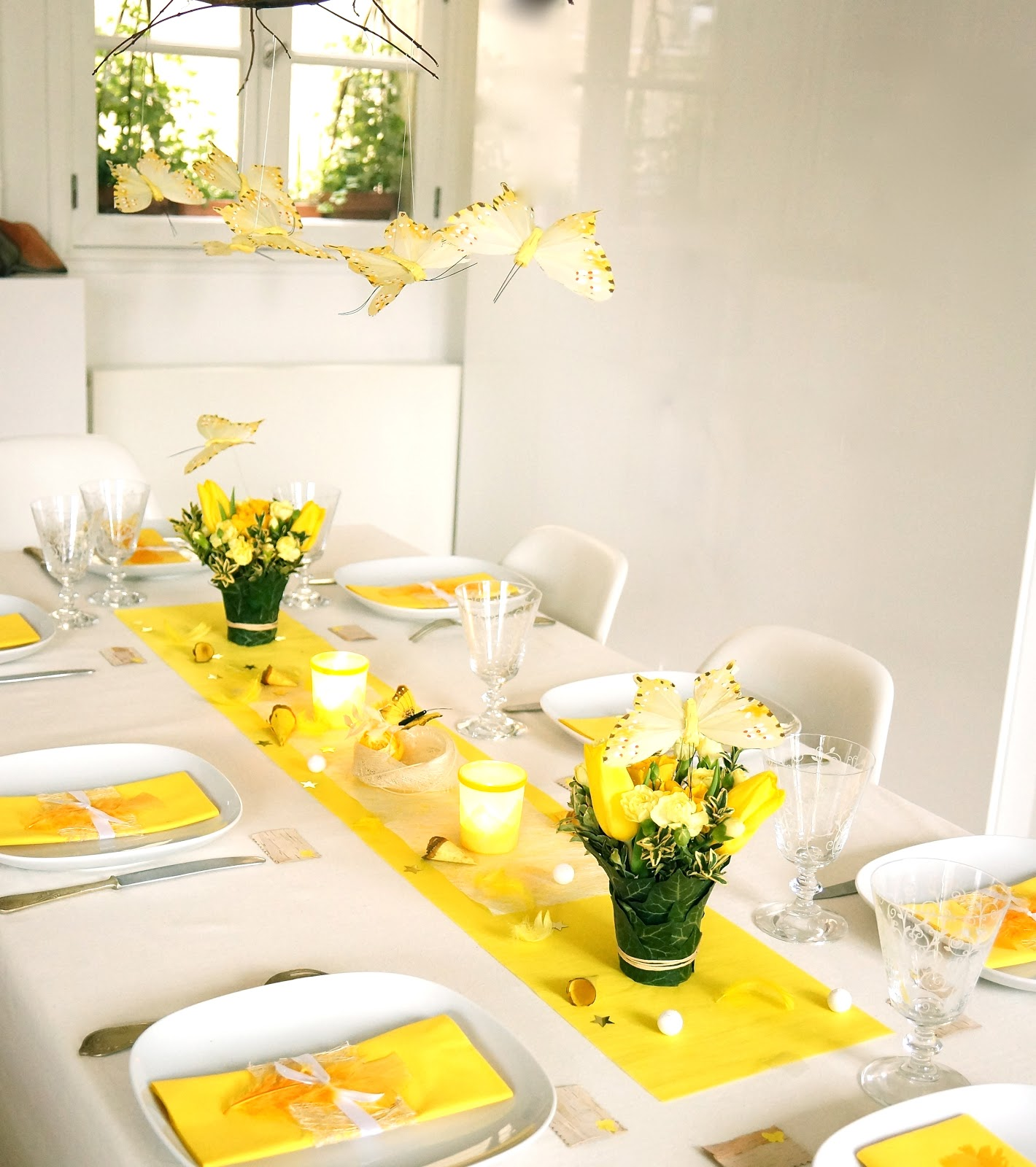 ma boutique d co table d coration de table jaune printemps the table. Black Bedroom Furniture Sets. Home Design Ideas