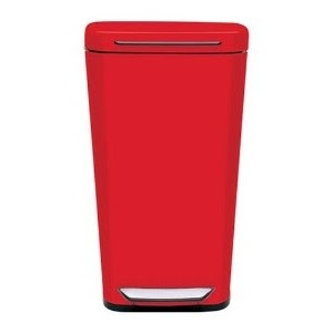 Rubbermaid Kitchen Trash Cans and Recycle Bins