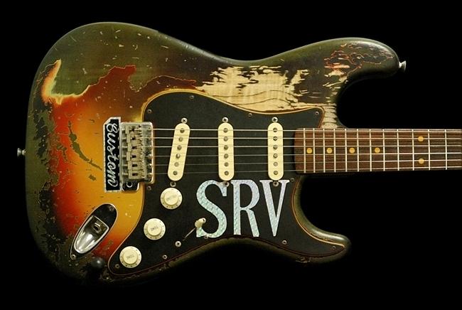 Fender Japan 62 RI Stevie Ray Vaughan Number 1 Replica Relic Refinish