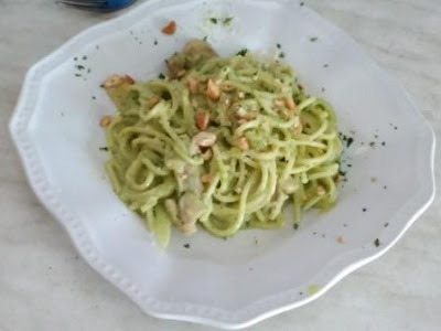 Spaghetti with Pesto Cream Cheese Giggle Box