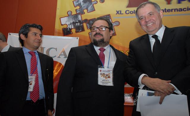 Eccehomo Cetina y Alejandro Ordóñez. Ordóñez, el especulador, Todas Las Sombras.  Fuente: http://todaslassombras.blogspot.com/2016/11/ordonez-el-especulador.html