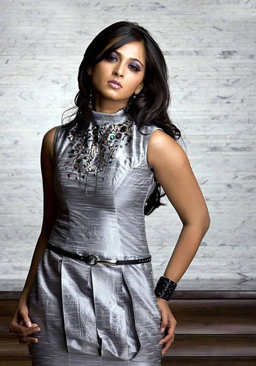 Tollywood Actress Anushka Shetty Long Legs Photoshoot