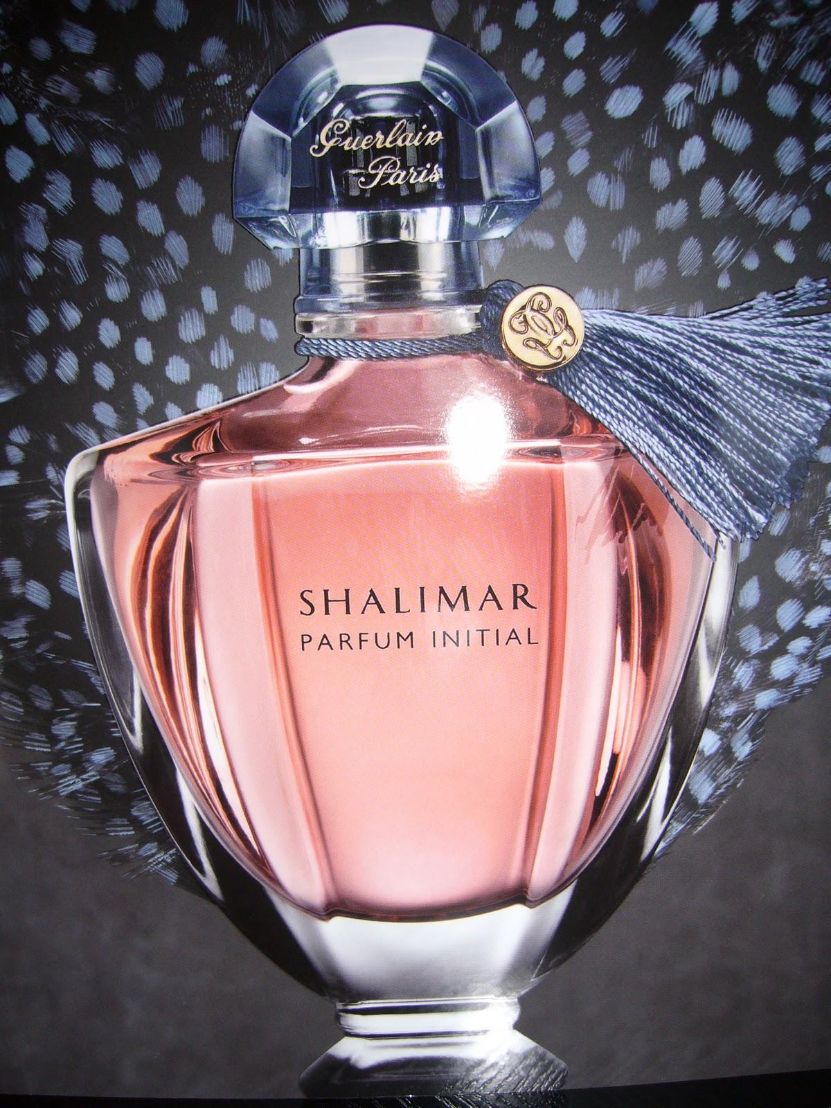8133e4b6e983 Et oui vous ne rêvez pas Guerlain aussi vous offre la possibilité de  personnalisé votre parfum...prénom,date etc à vous de lui laisser la plus  audacieuse ...