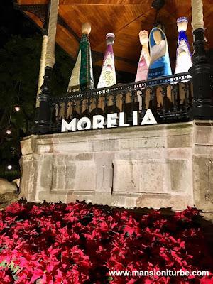 Artisan Nativity in Morelia at the Plaza de Armas