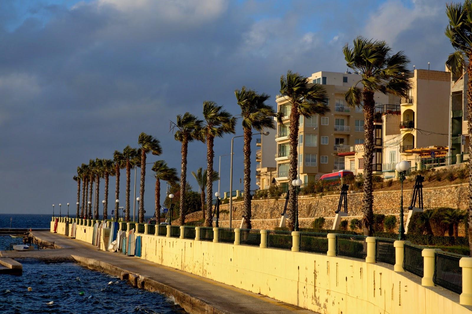 wietrzna strona Malty w kwietniu
