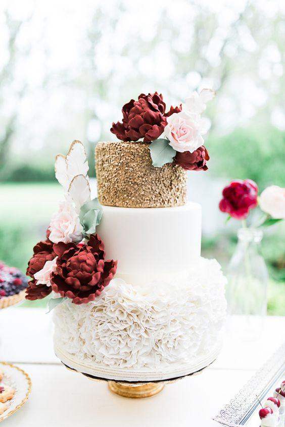 Jesienne torty weselne, tort weselny na jesień, torty weselne inspiracje, ślub i wesele na jesień, ślubne trendy na jesień, organizacja ślubu i wesela jesienią