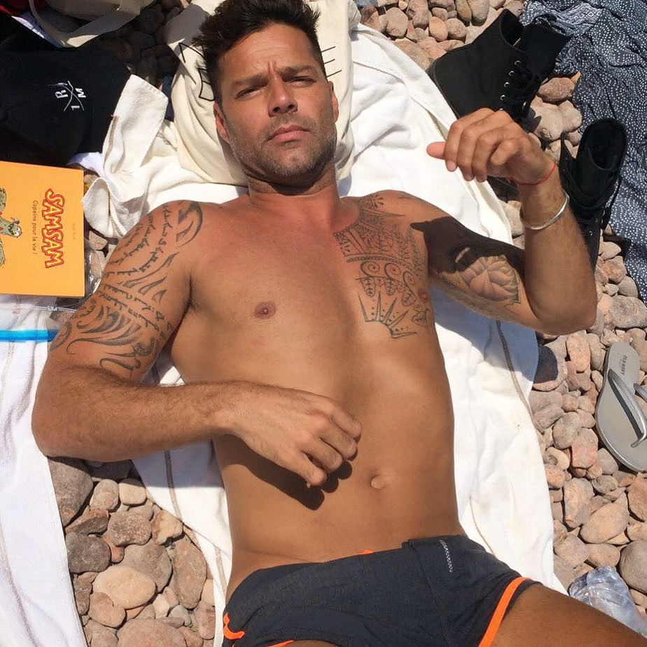 Ricky martin naked on the beach, naked girl in tiny jeans
