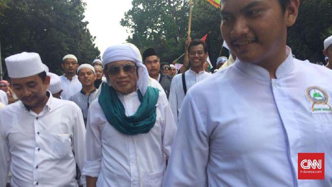 Rhoma Irama Terlihat di Tengah Massa Anti Ahok saat Demo 4 November Kemarin