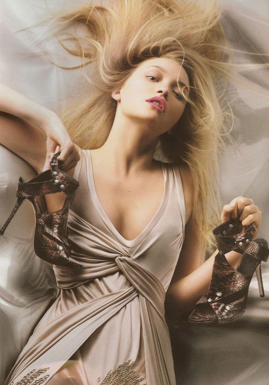 Shakira 3d Wallpaper Marketing