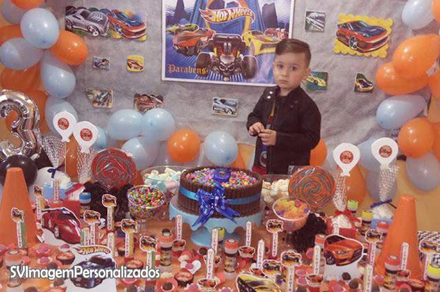 Aqui tem muitas ideias para decoração de festa do Nicholas no tema hot wheels na cora azul e laranja. Agradeço a Paula, por confiar na SVImagemPersonalizados, para contribuir nesse momento tão importante de sua família, e conte comigo para os próximo eventos